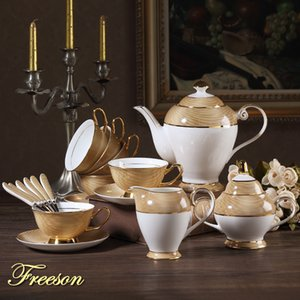 Luxo Ouro Bone China Coffee Set britânica porcelana Tea Set Ceramic Pot Creamer Sugar Bowl Teatime Bule Canecas do copo de café