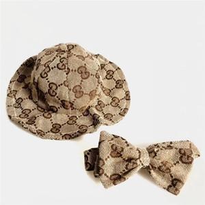 Na moda charme encantador Animais Chapéus Outdoor Street Style Pet Arcos Coleiras Festival Personalidade Ornament Hat Pet Sets Collar