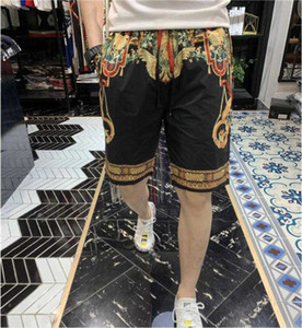 2020 new men's stretch casual printed beach shorts men's casual sports shorts