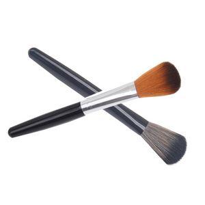 Makeup Brushes Blending Brush Cosmetic Tool Premium Synthetic Multifunctional Blending Blush Face Powder Highlight Soft Handle three colors