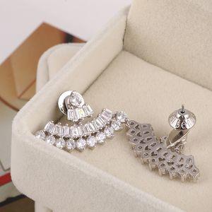 패션-1은 다이아몬드 1.8 귀걸이 매달려 3cm는 귀걸이 18K 골드 도금 해변 스타일의 여성 최고 품질의 보석 선물 PS66 드롭 스터드 *