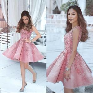 Kurze rosa Perlen Lace Homecoming Kleider Vestidos V-Ausschnitt ärmellos eine Linie Herbst Graduation Dresses Arabisch Cocktailkleider
