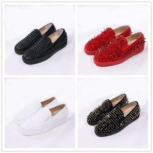 Designer Shoes Roller-Boat Uomini piatto fannulloni inferiori rossi pattini casuali della piattaforma Spikes donne sandalo Spikers formatori partito nero blu Wedding