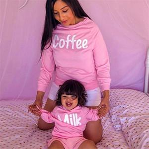 Vieeoease hoodies de las muchachas de Navidad Carta de manga larga superior para mamá y para mí 2019 otoño invierno de la familia Mismo vestido CC-606