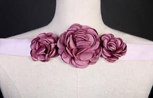 2020 New Queen Vestios De Novia A-line Wedding Dresses Sheer Long Sleeves Lace Corset Back Vintage Bridal Gowns 114