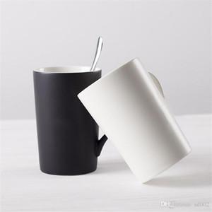 Amantes de Cor Pura cerâmica Copo De Água Fosco Canecas de Café Presente Originalidade Tumbler Cobertura Colher Terno Dia Dos Namorados Porcelana 7 8dyC1