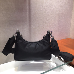 2020 en kaliteli pembe torba yün crossbody cüzdan bayan çanta taşımak bağbozumu 2005 naylon omuz çantası kanal hobo moda çanta womens
