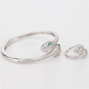 الزمرد الطبيعي مجوهرات الزفاف فضة المرأة مرونة الحيوان الإسورة الأفعى اثنين 2 رئيس مفتوحة أساور