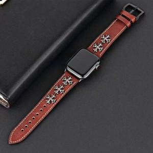 Nuevo diseño de lujo punk Rivet Style Watchband para Apple Watch Band Series 4 3 2 1 Pulsera Correa de cuero 40/44/38/42 mm