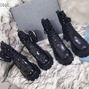Fashion Top Designer Qualität Frau Lederschuhe schnüren sich oben Band Gürtelschnalle Ankle-Boots-Fabrik direkt weiblichen Herbst Reitstiefel Short bo