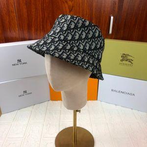 Caída y moda de alta gama sombrero de ala ancha Pescador atmosférica jugador de bolos 030 803