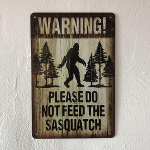 Aviso Por favor não alimente o sinal Sasquatch Vintage decorativa Retro metal Poster Placa de lata