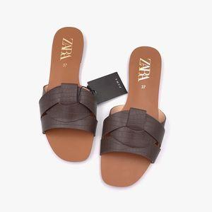Summer Shoes beach slipper Fashion Brand Leather Slippers Wild Female Sandals Original Outdoor Slides White Women Slippers Y200706