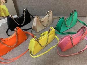 Großhandel neues Nylon wasserdicht Achsel Tasche Normallack Art und Weise beiläufige wilde Schulter diagonal kleine Tasche weibliche sichel Tasche