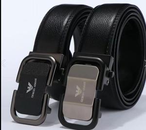 correas para los hombres de hebilla de cinturón masculino cinturones de castidad superiorArmani hombre de la moda correa de cuero de envío libre al por mayor