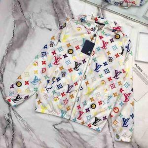 Primavera Felpa donne del progettista rivestimenti del cappotto per le donne con cappuccio a maniche lunghe Zipper Abbigliamento casuale di nuovo modo