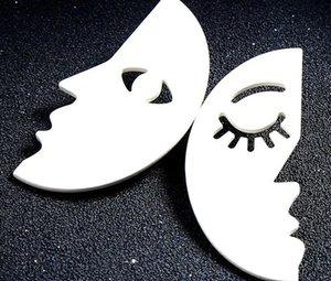 Enfeites Americal e Eurpean Ins Vento Frio Individualidade Asymmetric Pequeno Rosto Ear Nails Feminino Euro-American Fashion Ear Ornaments