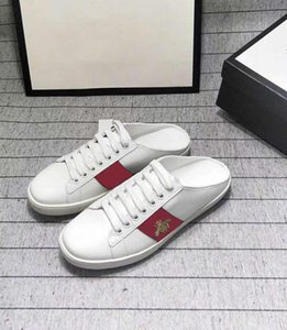New Genuine Leather Casual Flat Shoes 2020 Fashion Embroidery Small Bee White Sneakers Loafers For Men Women Walking Shoes 35-44