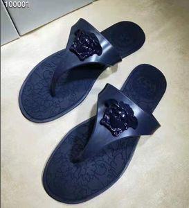 2020 yeni bayanlar tasarladığımız çevirme tasarımın slaytlar kadın terlik Yüksek kaliteli gladyatör sandaletler Deri kadın flop sandalet takoz