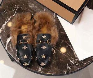 2020 WINTER diseño mocasines de cuero genuino de la piel de lujo deslizador inferior de la piel verdadera con las mujeres hebilla de Princetown casual Piel mulas Pisos slippe