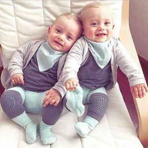 Детские дети наколенника ползающих локтя подушка хлопка младенческих носков ясельного возраста грелка ноги поддержка колено протектор младенец Kneecap WZW-YW3870