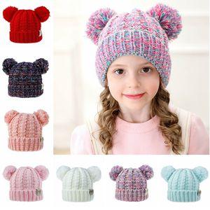 Kid Knit Crochet Beanies Mütze Mädchen Weiche Doppelkugeln Winter Warme Mütze 12 Farben Outdoor Baby Pompon Ski Caps TTA1598