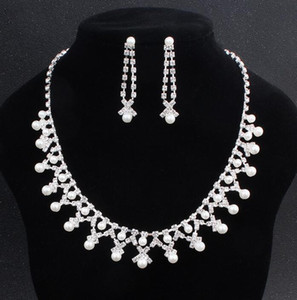 2020 Bling Peags Bridal Ювелирные Изделия Серебряное Белое Ожерелье Ожерелье Жемчужные Серьги Свадебные Ювелирные Изделия Наборы для Невесты Бределие Женщины Accesso