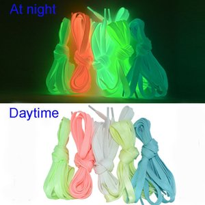 1pair 120cm Sport leuchtende Spitze Glow In The Dark Night Farbe Fluorescent Schnürsenkel athletischer Sport-Wohnung Schnürsenkel Hot Selling
