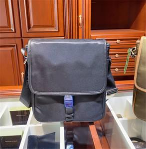 Hombro de lujo del diseñador del bolso de Crossbody de cartera de los hombres Paquete Comercial Moda 2colors Nueva CFY2005055