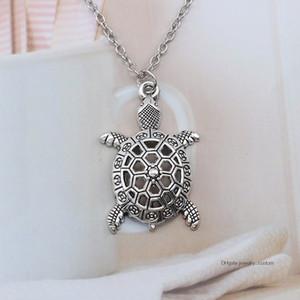 Vintage monili animali d'argento pendente della collana della cavità della lega Sea Turtle fascino Tortoise Cuckold pendenti delle collane Bijoux Femme