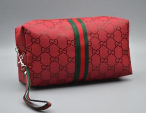 여성을위한 새로운 여행 세면 용품 파우치 26cm 보호 메이크업 클러치 여성 진짜 가죽 방수 19cm 화장품 가방
