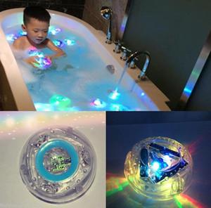 Kinder Neue Badewanne Lampe Originalität Badespielzeug Wasserspaß Bunt Geben Licht Produkt Sehr beliebt bei Kindern