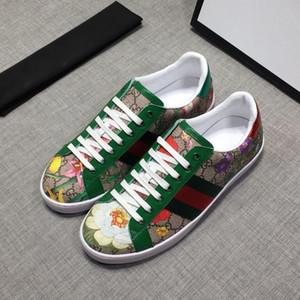 A1 Designer-Sneaker Echtes Leder Trainer Männer Klassische Freizeitschuhe python Tiger Biene Blume gestickte sneaker Ace Leder