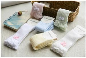 12pcs / серия ребёнковой сетка лук чулка хлопок сплошного цвета детям младенческих длинные носки для 6 различных цветов качества бедра