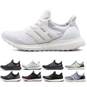 Nuovo arrivo Uomo Scarpe 3,0 4,0 scarpe da corsa delle donne degli uomini Triple Nero bianco CNY Oreo blu 3,0 Primeknit sneakers sport, mens di lusso della moda w