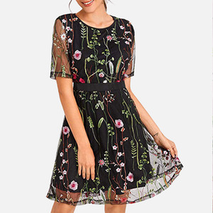Empalme de malla bordado floral mujeres mini vestido negro una línea vestidos femeninos 2020 de primavera y verano transparente atractiva Señora Vestidos