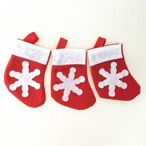 Mini Noel Çorap kar tanesi Çatal Çanta Noel Ev Dekorasyon Noel Çorap Bıçak Çatal bulaşığı Tutucu Noel Hediyesi Çanta DBC DH2601