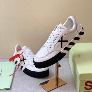 Новая горячий прилив бренд от черных и белых мужчин и женщин шнурков ботинок спорта Vulc низки холста случайной дышащий не скользят износостойкую обувь