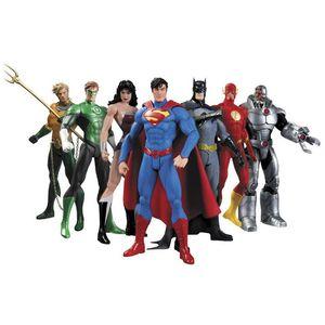 Nuovo caldo 7pcs / set 17 centimetri Justice League Super Hero Avengers Ant-Man Spider-Man Superman Batman Action Figure Giocattoli Doll Y190604