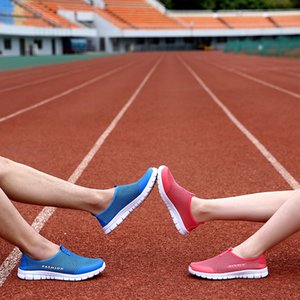 2019 Big Size 35-46 Neue Männer Tennisschuhe Paar Turnschuhe Frauen Stabile Anti-Rutsch-Sportschuhe weiche bequeme Schuhe Unisex-Liebhaber