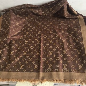 2018 fashion brand wool scarf fashionable women's triangle scarf 140 *140 cm