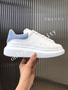 Italie 2020 Hommes Femmes Chaussures Casual pas cher meilleure qualité des femmes des hommes de mode Sneakers Party Platform Shoes Light Blue Velvet Chaussures Sneakers
