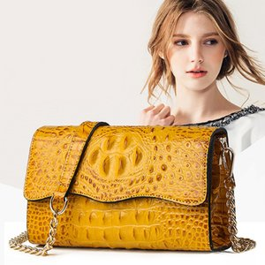 2020 new crocodile pattern shoulder Messenger bag tide European and American style fashion handbags chain of small square package a generati