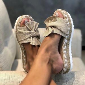2020 New Designer Mulher plataforma plana Chinelos de dedo do pé aberto Moda Nós Braid Plano Heel Elevador Sandálias Slip On Slides Fora