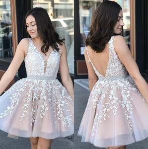 V Neck Lace A-Line Short Homecoming Dresses 2020 Tulle Applique Knee Length Short Prom Dresses Plus Size Vestidos De Festa BM0987