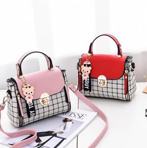جديد الإناث 2018 النسخة الكورية من جنية منقوشة رسول حقيبة خياطة المحمولة مربع صغير حقيبة الكتف حزمة سوبر النار