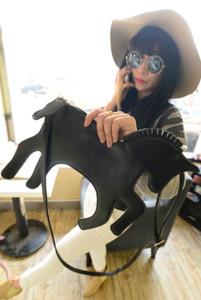 Carino nuovo paillettes unicorno piccola borsa a tracolla personalità laser luminoso ragazza bambini pu piccolo zaino borsa drop shipping cc strumenti