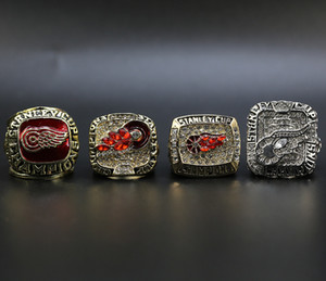 4pcs / set 1997 1998 2002 2008 Detroit Red Wings Stanley-Cup-Hockey-Meisterschaft-Ring Wholesale freies Verschiffen