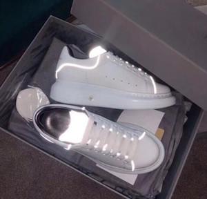 Newset Casual Beyaz Ayakkabı Lady Ayakkabı Shinny Floresan ışık Yansıtıcı 3M Deri Kadınlar Erkekler Platformu Sneakers Sports Chaussures