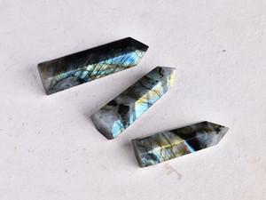 Freies Verschiffen 3pcs / set Natürlicher labradorite Quarzkristallstab Punkt für Hauptdekoration Heilung